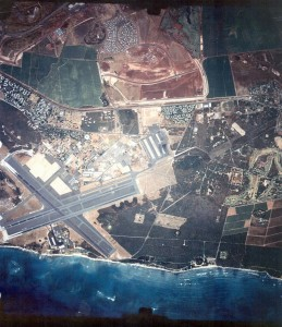 Kalaeloa Airport, Oahu, May 22, 1993.